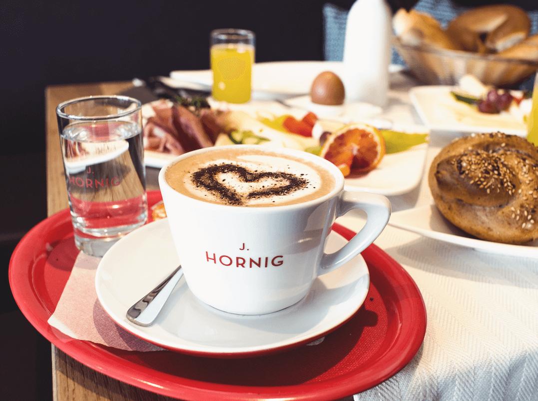 dating cafe fotoshooting Dating- & singlebörse - über 1800000 kontakte für die seriöse partnersuche jetzt kostenlos anmelden und partner finden.
